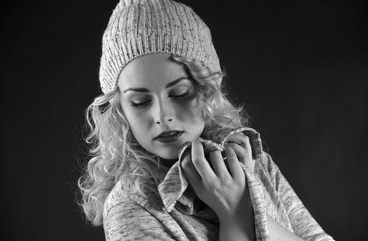 Julia Alb Model Stageperform