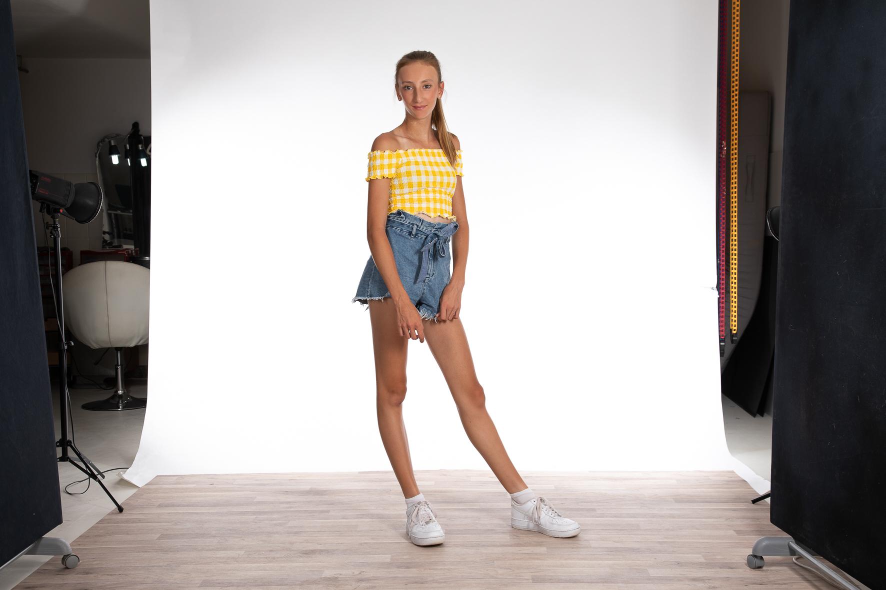 Lilien Model und Darstellerin Agentur Stageperform